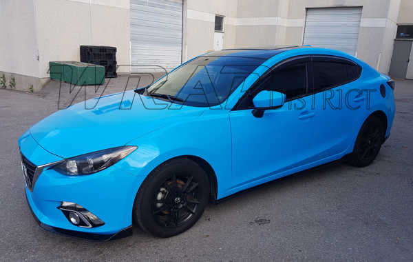 Mazda 3 – Gloss Light Blue Wrap