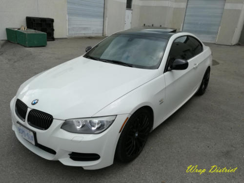 BMW 335 - Roof Wrapped in Gloss Black