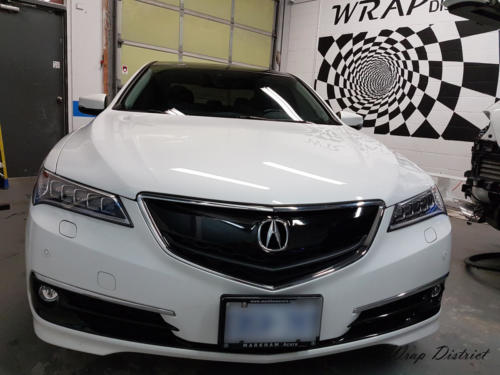 Acura TSX - Grille Wrapped in Gloss Black